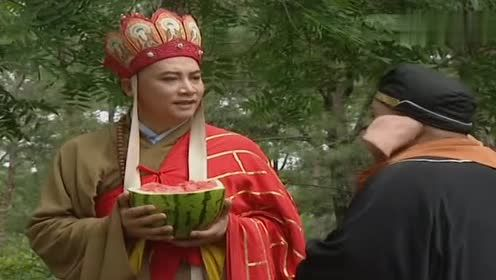 西游记搞笑片段,八戒:我挨骂,你们吃西瓜,