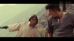 黄渤搞笑片段,王迅都不敢动,笑死了!