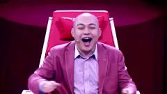 搞笑贾冰:上台演讲一开口就跪了!紧张的说话