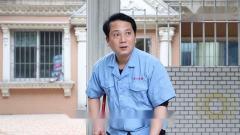 藤县白话搞笑:咸蛋六扫地被女同学看不起,身