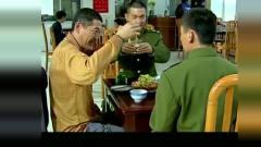 《士兵突击》王宝强逗逼老爹进部队,没一句正