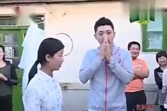 张峻豪和小女孩表演《红高粱》片段,小女孩连