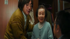 《囧妈》:徐峥和沈腾带妈妈去俄罗斯,剧情不
