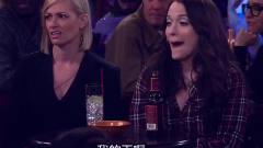 妹子+你是猴子请来的逗比吗+愣是和台上小伙唱反
