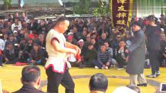 """天津摔跤,李伯祥给马三岭使的""""大绊子"""",武"""